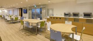 Showa University / Okamura's Designed Workplace Showcase