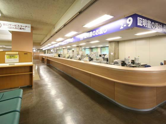 Yokohama City, Kanagawa Prefecture/【Midori Ward - Service counter】The high counters are capable of being converted to low counters in the future.