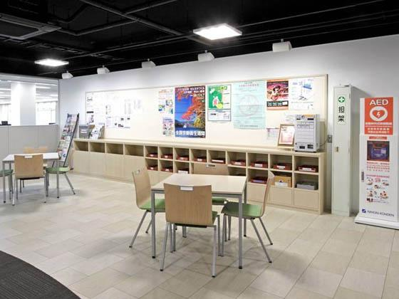 ABB Bailey Japan/【Mailbox and bulletin board】Information areas are concentrated within the office.