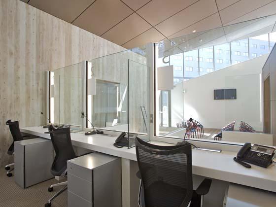 Ambassade de France au Japon/【Visa building】The Visa building was designed for maximum use of natural light.