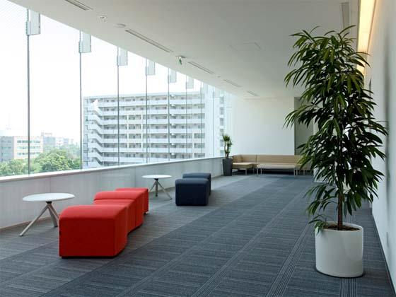 Coca-Cola West Co., Ltd./【Break area】An extremely open space that provides a change of pace.