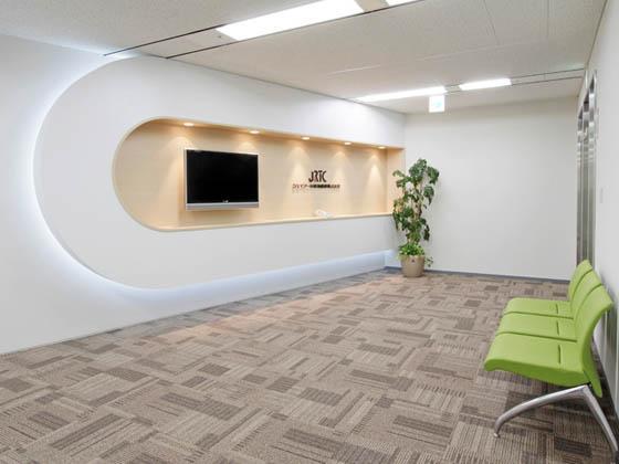 JR Tokai Corporation/【Entrance area】The entrance space provides enhanced office security.
