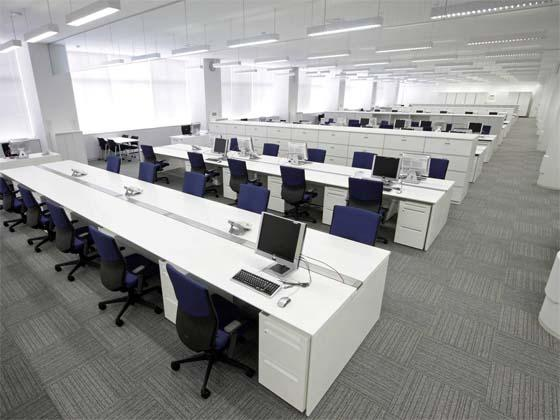 Ome City/【Office area】Group desk modules are organized for a clean and tidy space.