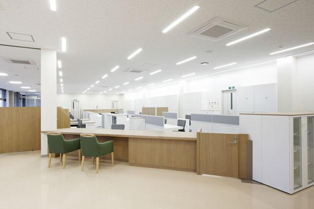 Shimizu Agricultural Cooperative/【Agricultural supplies purchasing counter】Uses a design that continues on from the finance counter
