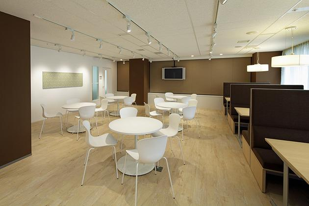 Pharmaceutical company/【Lounge】Informal meetings are also frequently held here.