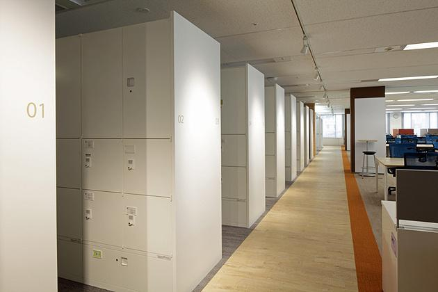 Pharmaceutical company/【Office area】Storage space created with an emphasis on visual beauty as well as safety and functionality.