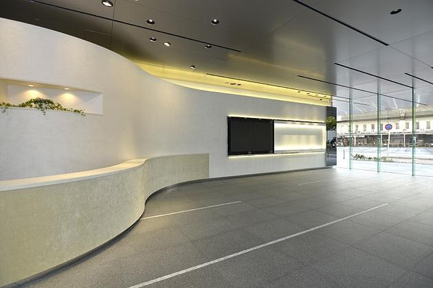 Sumitomo Wiring Systems, Ltd./【Entrance】A simple design taking into consideration continuity with the external appearance.