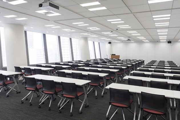 The Niigata Nippo Co., Ltd./【Seminar area】The seminar room is used by learning-related institutions.