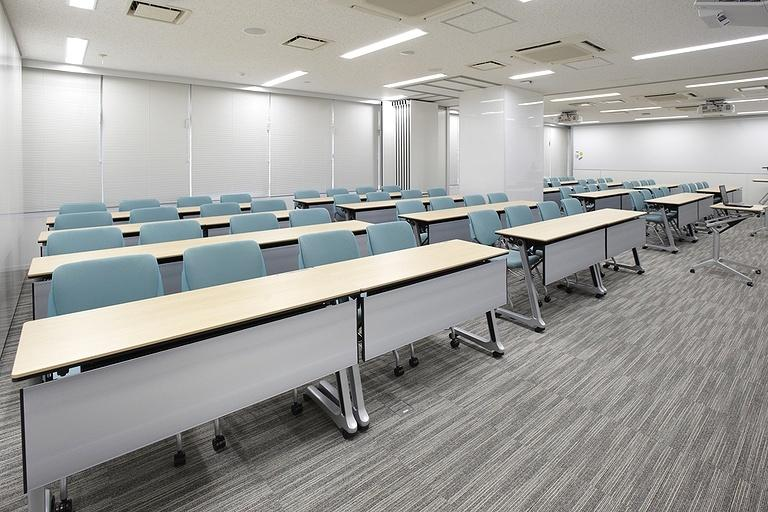 Taiyo Life Insurance Company/【Training room】Lecture-style layout for 64 people.